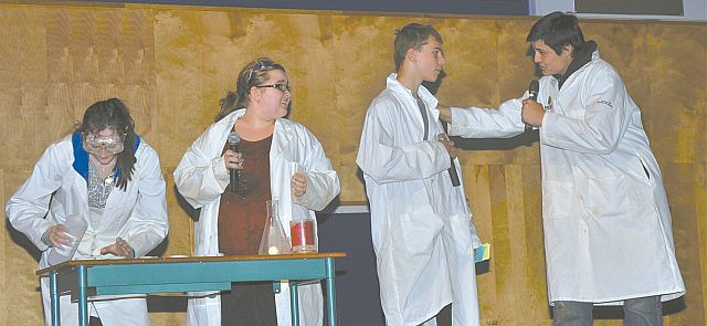 Four students combined efforts to perform a few experiments. Left-right are Janea Jong, Stephanie Korol, Josiah Phillips and Logan Jong.
