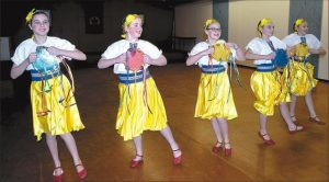 PICs – Ukrainian dancers celebrate culture