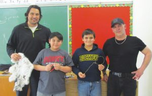 HPE – students make snares