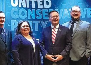 PIC – UCP meets in Slave Lake