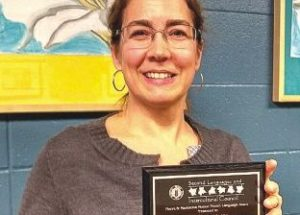 HPE teacher wins French teaching award