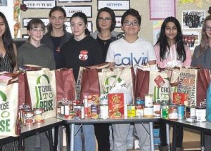 PIC – PRJH students lend helping hand