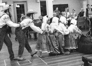 PIC – Zirkas dance