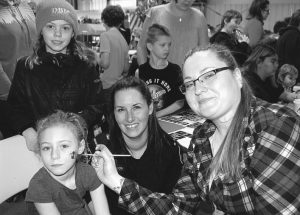 PICs – Families take advantage of activities during annual holiday