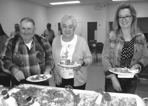 PICs – Coyote Acres holds lasagna, spaghetti supper