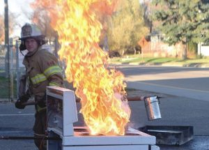 PIC – 'Hot stove' league!