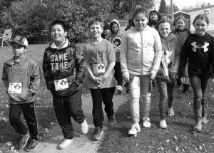 PICs – St. Andrew's students run to fight cancer