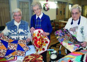 PICs – Pleasantview seniors celebrate the season